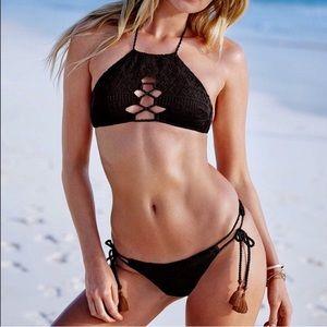 VS Crochet Halter Crochet Boho Bikini, NWT